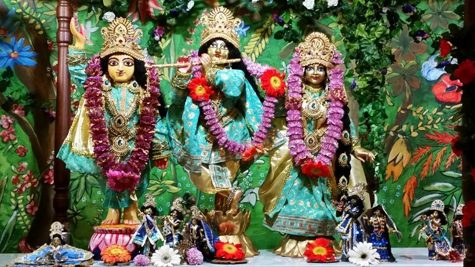 3.As-Belas-Deidades-de-Radha-Ramana-Bihariji-e-Sriman-Mahaprabhu1